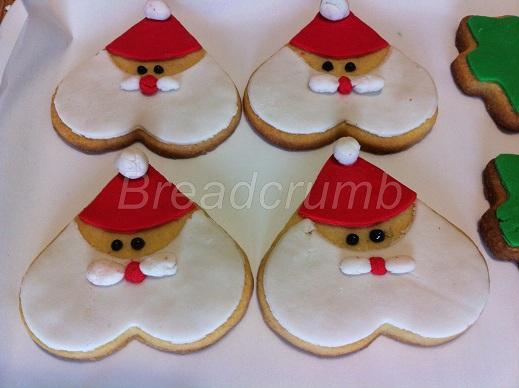 Biscotti di natale alla cannella breadcrumb briciole - Decorazioni natalizie per dolci ...